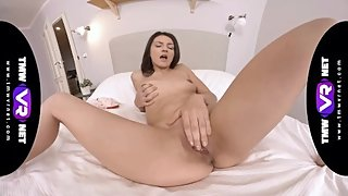 TmwVRnet - Tiny Tina - Lonely but entertained and satisfied