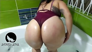 Delicious woman with big ass touches herself for her lover