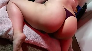 Big booty white girl Only fans preview